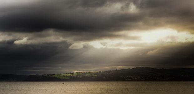 landscape-seascape-dark-clouds-medium